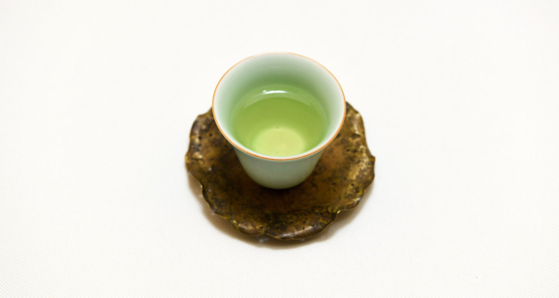 綺麗な茶器に注がれた文山包種茶
